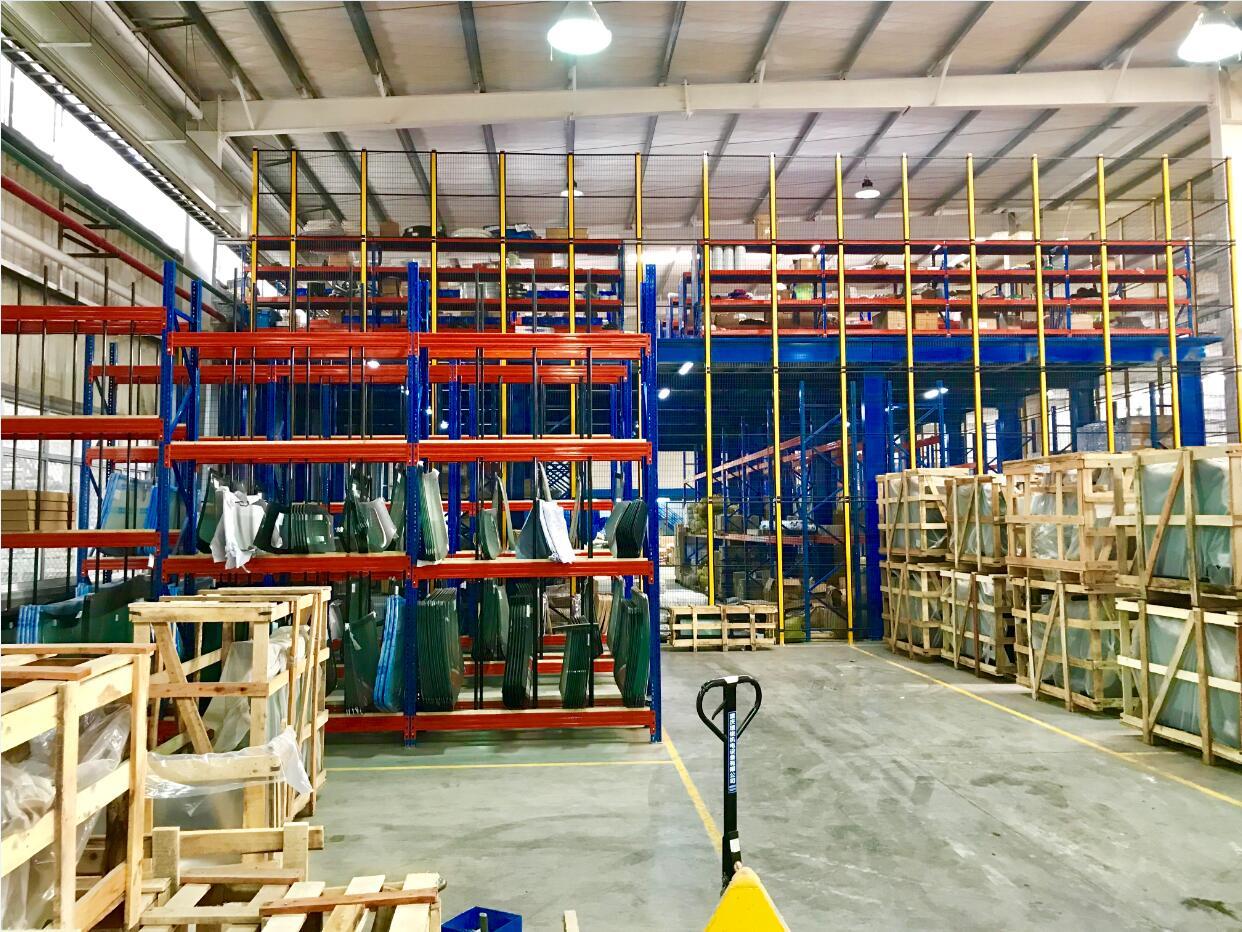 重力式仓库货架定义