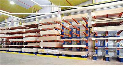 流利式货架结构特点